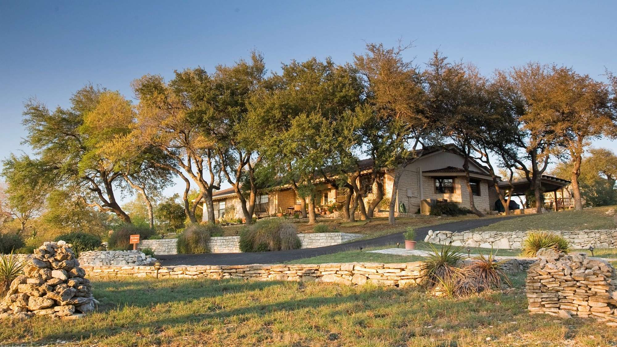 Questions To Ask Before Booking A Bed and Breakfast in Texas